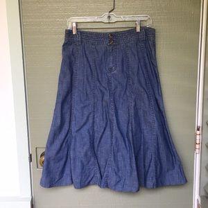 LIZ CLAIBORNE- size 6 jean skirt
